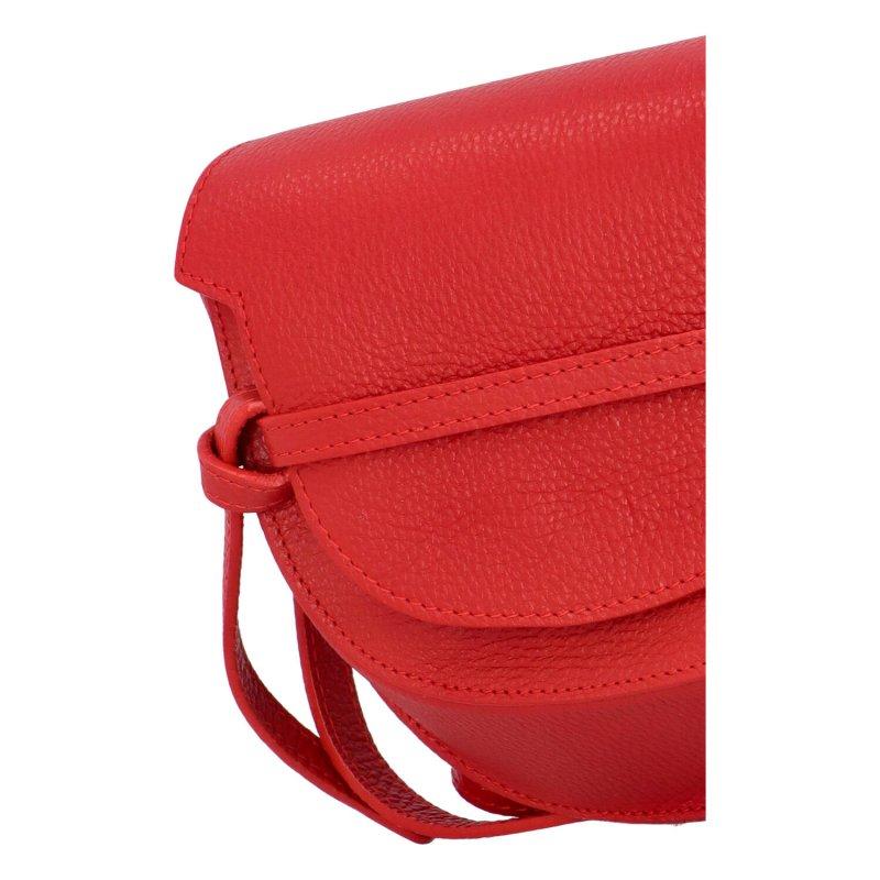 Zajímavá dámská kožená crossbody s klopou Enrique, červená