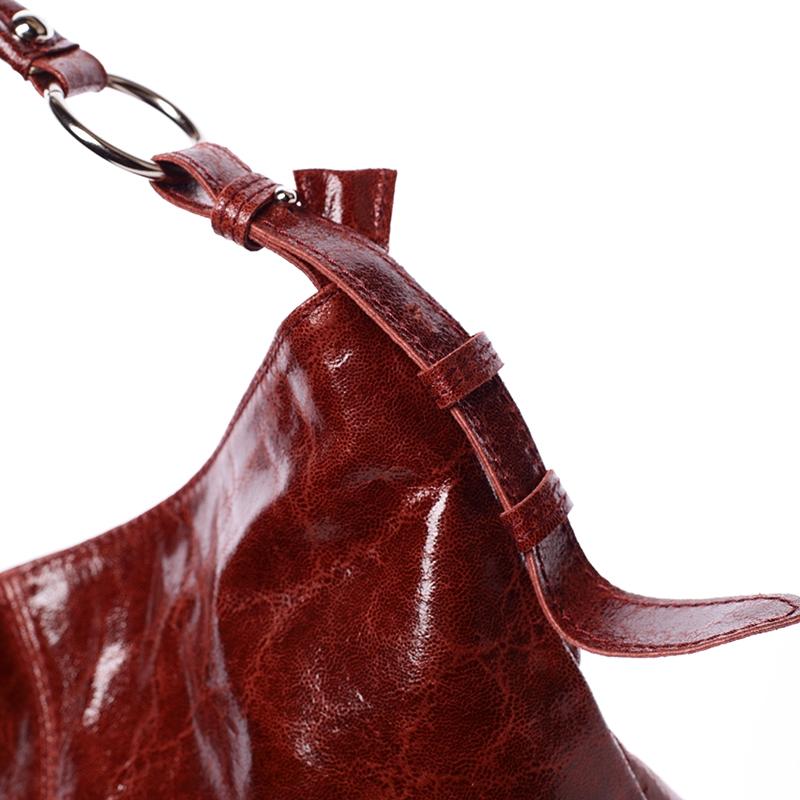 5deb4e323d Dámská luxusní kožená kabelka přes rameno Belleza