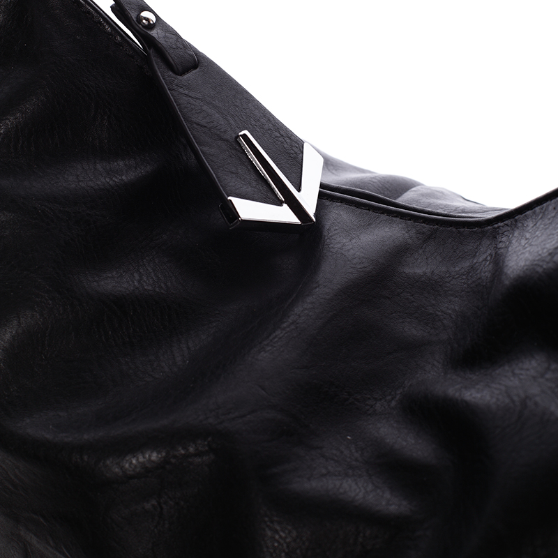 Dámská kabelka přes rameno Leanne, černá