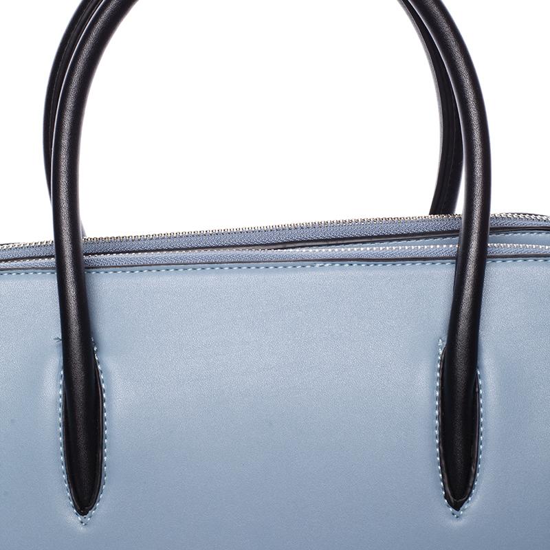 Dámská stylová kabelka do ruky i přes rameno Linda, světle modrá