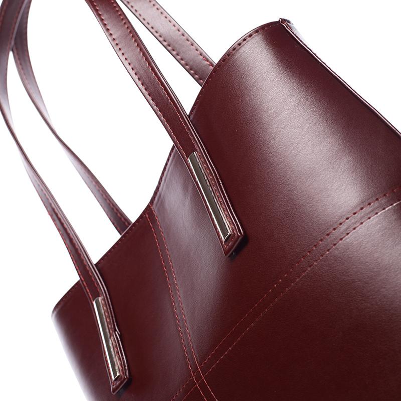 Dámská značková kabelka přes rameno Delami Rebecca, bordo