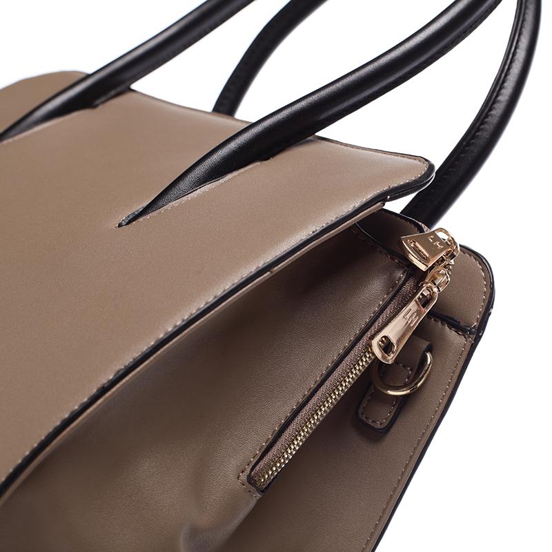 Dámská pevná kabelka do ruky Margaret, oříšková