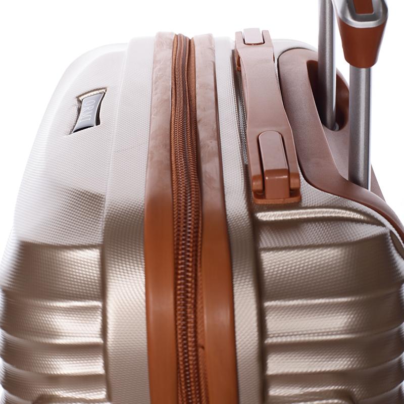 Stylový cestovní ORMI kufr 4 kolečka, vel. II, zlatý