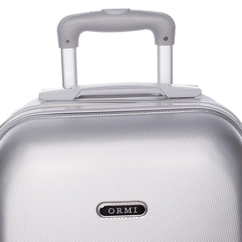 Stříbný cestovní kufr ORMI, 4 kolečka, vel. III