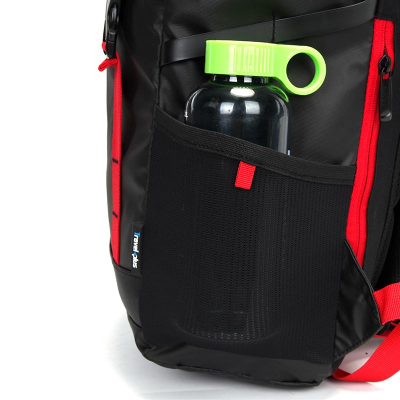Víceúčelový Travel plus batoh, černo-červený