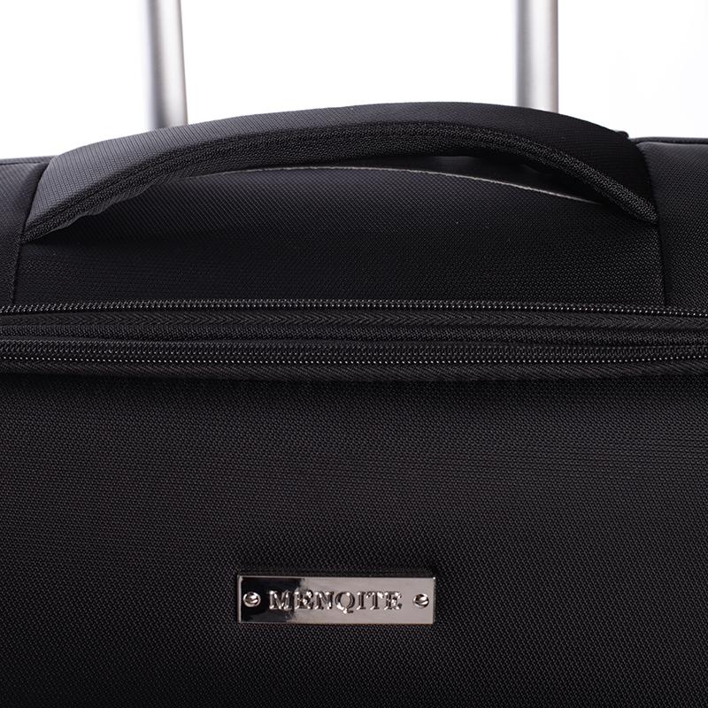 Odlehčený cestovní kufr Mahel, černý 4. kolečka, vel. III