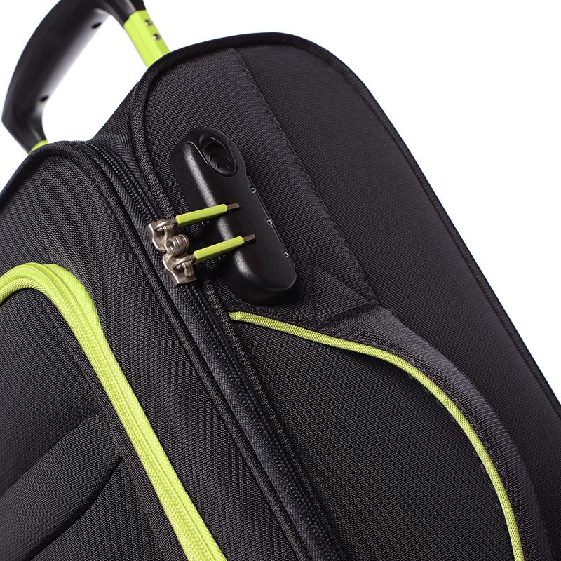 Látkový cestovní kufr Mahel vel. III, 4 kolečka, černo-zelený