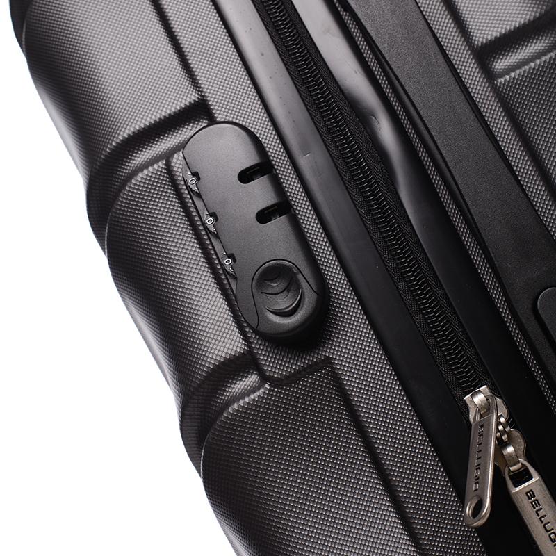 Cestovní kufr Bellugio Carla III, 4. kolečka, černý