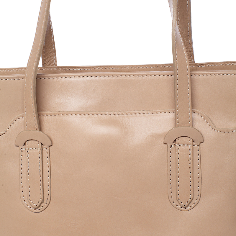 Střední kožená kabelka přes rameno Flume II, taupe