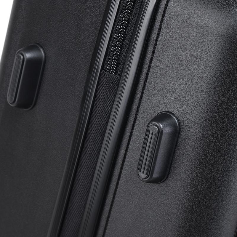 Cestovní kufr Higland, černý, vel. III, 4 kolečka
