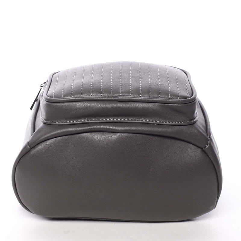 Moderní dámský batůžek s přívěskem Klarin, šedý