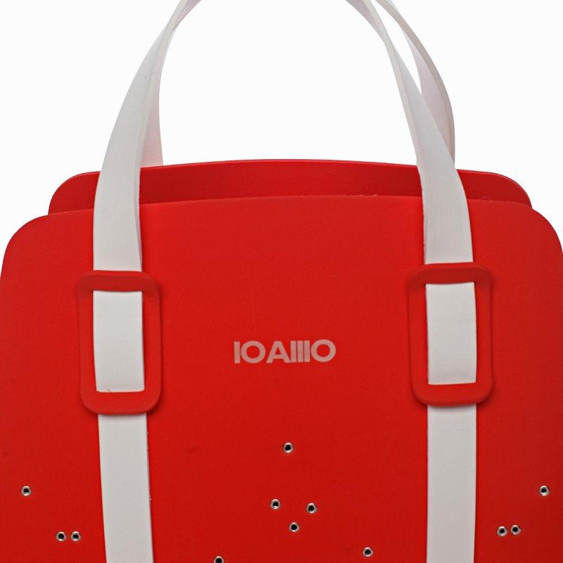 Nepřehlédnutelná kabelka italské značky IOAMO CHRISTELLE